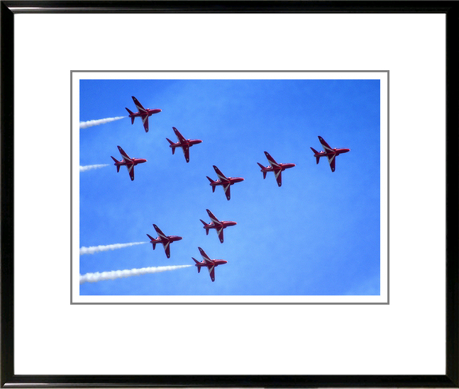 Mount and frame match those of Red Arrows set 1