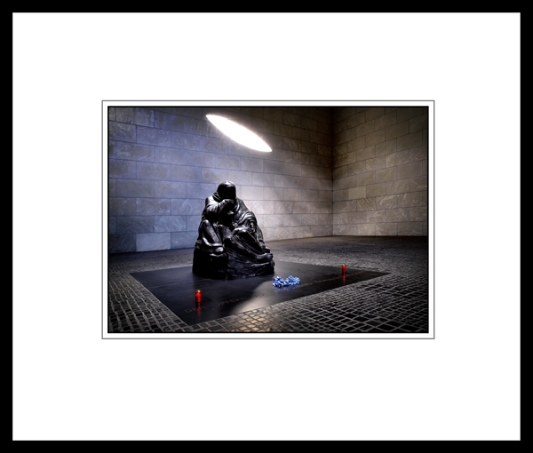 The classic nature of this black frame echoes the sombre mood of the picture